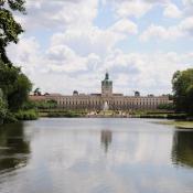 Schlossgarten Charlottenburg - Wasser als Spiegelfläche © N. A. Klöhn