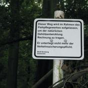 Wegeauflassung aus Artenschutzgründen im Gartendenkmal und FFH-Gebiet Bamberger Hain. © A. von Lührte